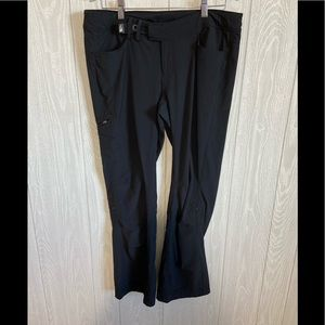 North Face Black Workout Pants Size 12